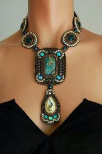 collier-egyptien